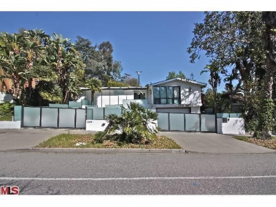 Jamie Kennedy Lists Los Angeles Home for a Loss