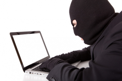 7 Ways to Recognize Identity Theft (And 5 Steps to Take If You're a Victim)