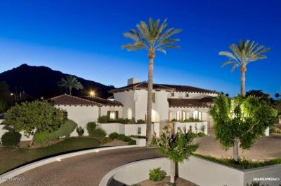 Wayne Gretzky Lists Scottsdale Home for $3.395M