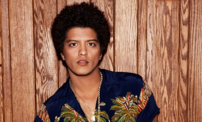 PageData: Bruno Mars, Blake Shelton among most talked about top Billboard artists on Facebook