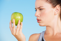 Is Your Apple Dangerous? How to Eat Fewer Pesticides (and Save Money)