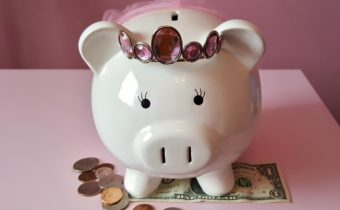 10 Awesome Tips to Help You Save Money