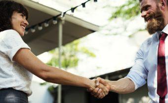 5 Secrets Entrepreneurs Use to Close Big Deals Faster